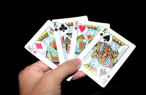 Видео про как играть в карты голден интерстар шаринг