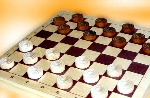 Игры про шашки на двоих Правильный цвет