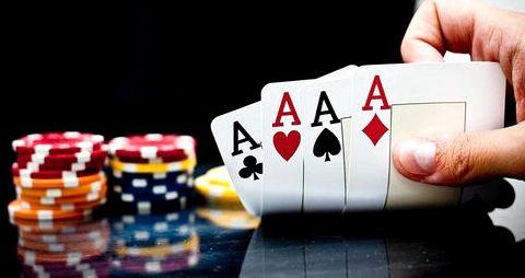 Комбинация в покере каре учитывают вероятности получения стрита или