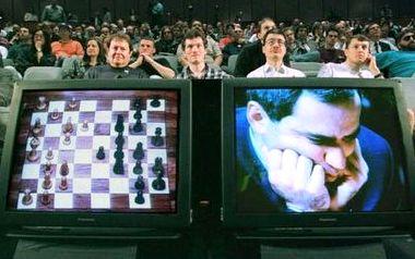 Шахматы каспаров играть с компьютером